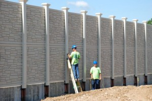 Integrated retaining wall - noise wall 2
